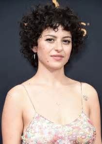 deva haircut in london alia shawkat 2016 emmy awards 06 gotceleb