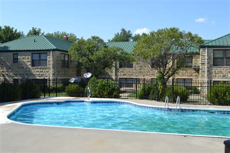 one bedroom apartments in junction city ks webster court apartments rentals junction city ks apartments com