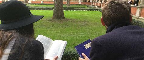 festa di libri sotto l albero universit 224 cattolica