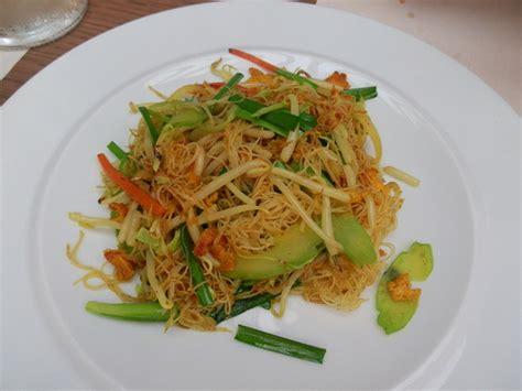 cucinare gli spaghetti di soia spaghetti di soia con verdure ricette diredonna