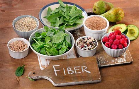 alimentazione per le emorroidi dieta per emorroidi cibi consigliati e cibi da evitare