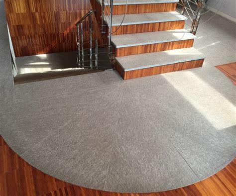 pavimenti pietra naturale pavimento per esterni in pietra naturale luserna fiammata