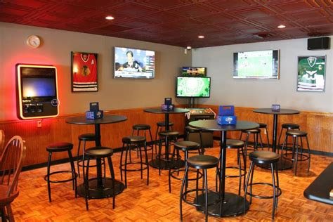 Sports Bar Furniture Seating Masters Helps Tomatoe S Pizza Sports Bar With