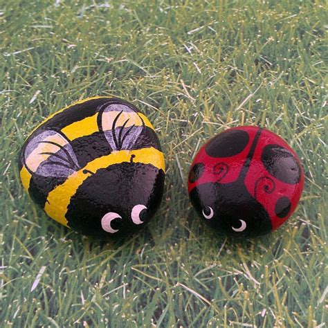 Painted Rocks For Garden Ladybug Bumble Bee Set Of Two Painted Garden Stones Decorative Rocks More Bumble Bees
