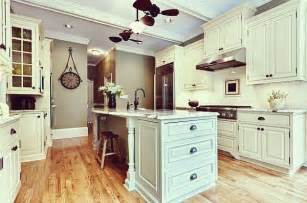 inexpensive kitchen cabinets traditional kitchen remodel 8 beautiful antique white kitchen cabinets lotusep com