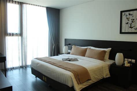 luxury 2 bedroom apartments two bedroom luxury apartment somerset west point hanoi