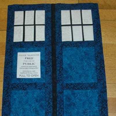 make a tardis quilt or wall hanging for doctor who fans