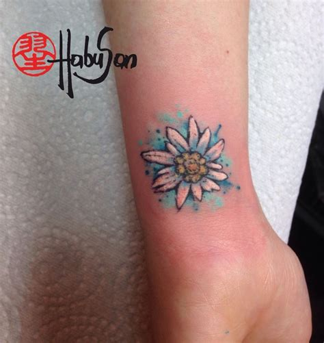 edelweiss tattoo best 25 edelweiss ideas only on tiny
