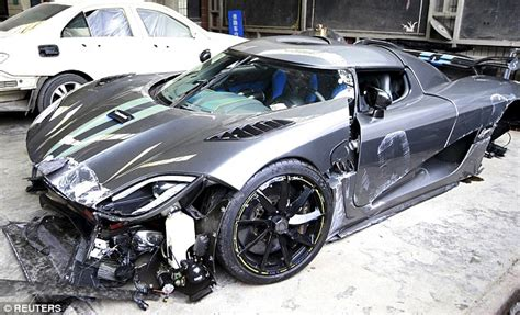 koenigsegg agera r need for speed crash driver crashes 163 2 7m koenigsegg agera into a
