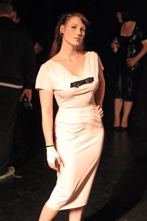 Catie's blog: latex wedding dress