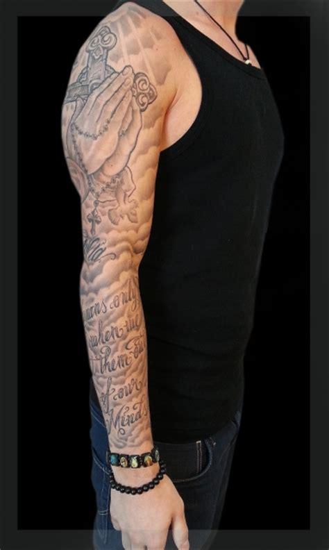 tattoo arm pain tattoos zum stichwort wolken tattoo bewertung de lass