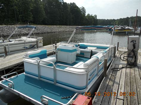 boat rentals in jordan lake nc pontoon boat rentals on jordan lake welcome