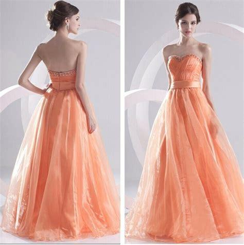Hochzeitskleid Modern by Tolle Ideen F 252 R Die Hochzeit Brautkleid In Apricot Farbe