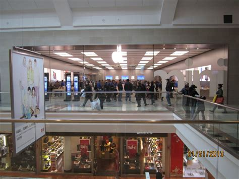 Garden State Plaza Apple Store by Apple Store 18 Photos Computers Paramus Nj