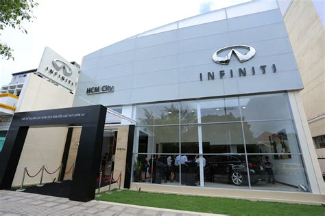 infinity market city infiniti launches in with infiniti center