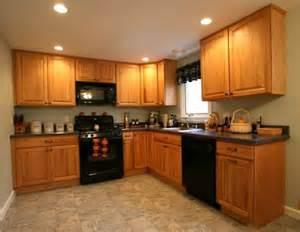 Oak Kitchens Designs oak cabinet kitchen kitchen paint kitchen walls in kitchen kitchen
