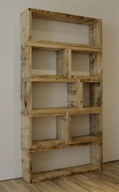 mrspost08 pallet book shelf