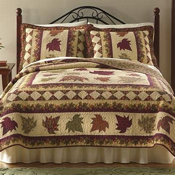 leaf pattern bedspread quilt patterns featuring fall leaves my quilt pattern