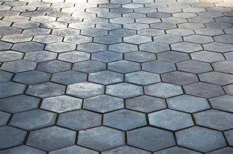 Betonplatten Verlegen Preis 6073 by Wabenpflaster Kaufen Preise Und Anbieter