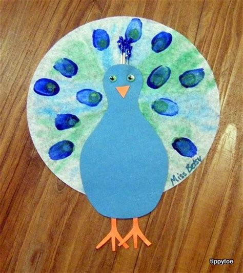 peacock craft for tippytoe crafts peacocks