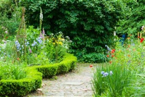 Naturnaher Garten Anlegen by Naturgarten Anlegen So Geht S Garten Mix