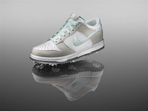 Shoe Paying Tribute To The Object Of My Obsession Second City Style Fashion by Nike Golf Pays Tribute To The Iconic Nike Dunk Shoe Nike