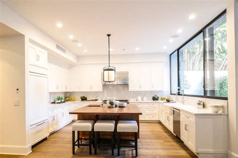 Jenner House Kitchen by Kendall Jenner Swaps Condo For A 6 5m House
