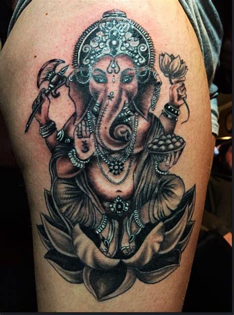 tattoo de ganesha no pulso as 25 ideias mais lindas de hindu tattoos no pinterest