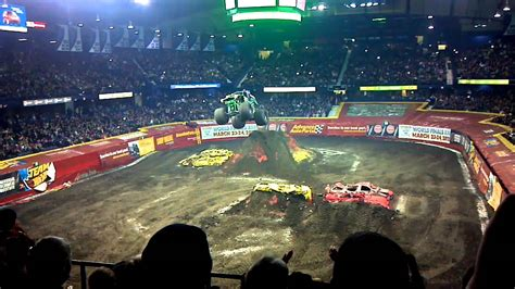 monster truck show allstate arena monster jam 2012 allstate arena grave digger youtube