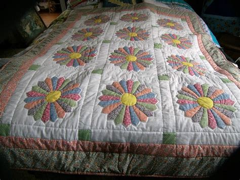 Handmade Amish Quilts - 25 best ideas about handmade quilts for sale on