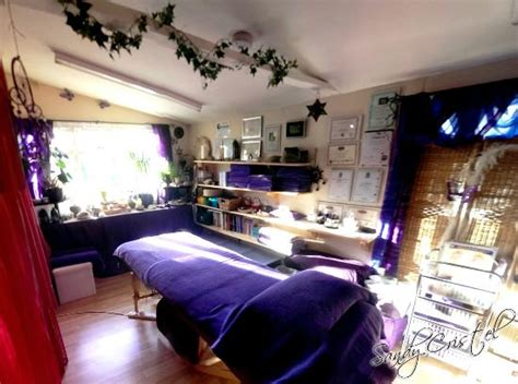 rooms y therapist gives him holistic therapy room reiki chakra balancing etc picture of cristel lytchett