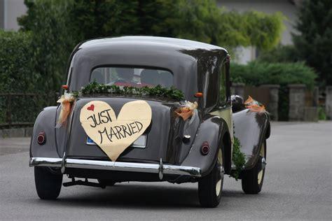 Hochzeit Auto by Klassisches Hochzeitsauto Wir Sagen Ja