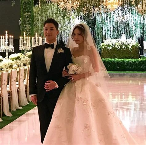 Wedding Dress Taeyang by Taeyang Min Hyo Rin S Photo From Their Wedding Daily