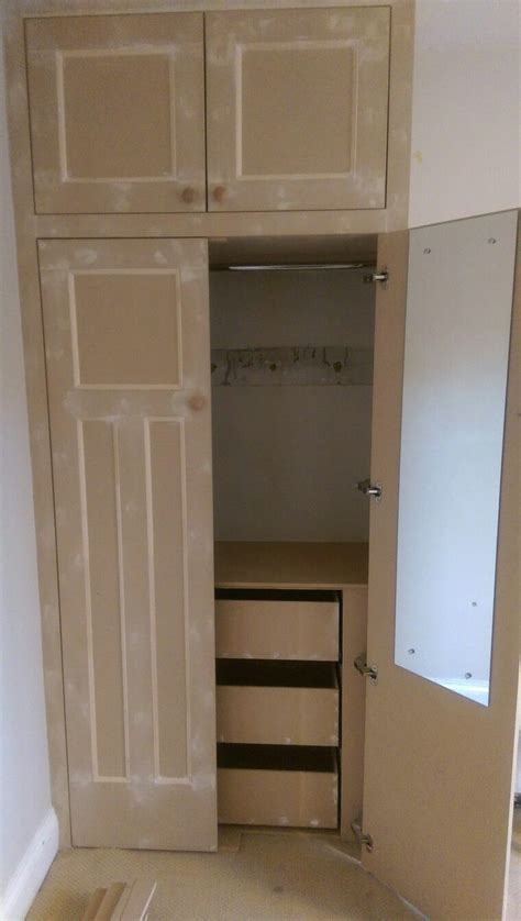 bedroom wardrobe   mdf  internal drawers