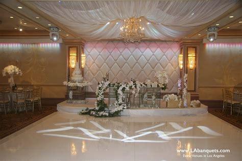 Large Foyer Lights Best Glendale Banquet Halls