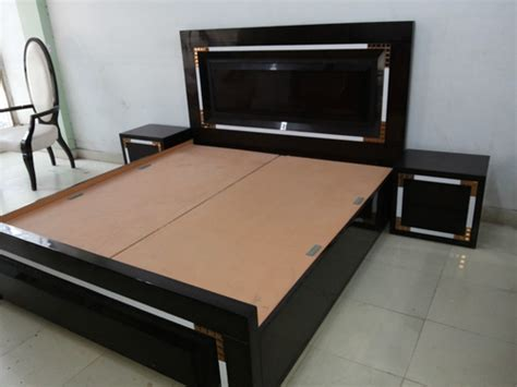 Latest Bedroom Designs by Designer Double Bed In Timber Market Kirti Nagar New