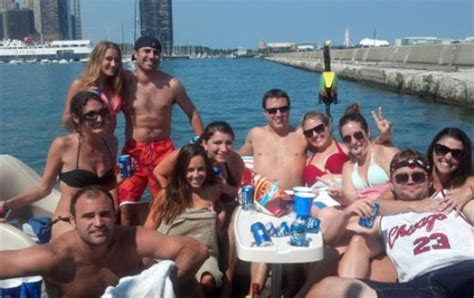 party boat rentals chicago il island party boat chicago all you need to know before