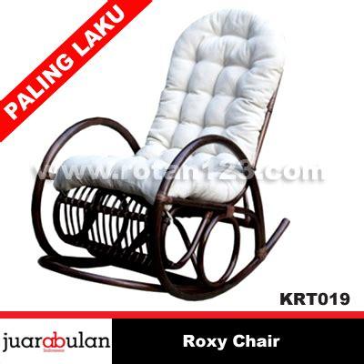Kursi Bar Rotan harga jual chair kursi goyang rotan alami model gambar