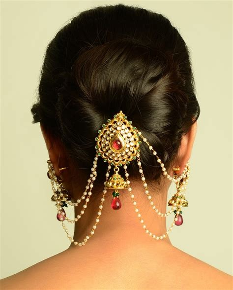 Wedding Hairstyles With Jewelry by Bridal Hair Accessories Must Hair Accessories For