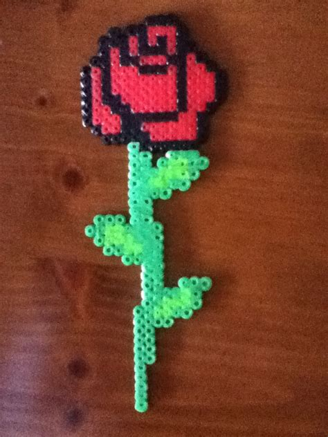bead of roses pixel 1 by delilah2012 on deviantart