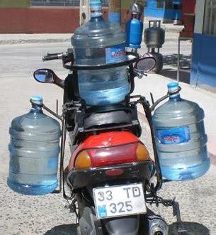 motorsiklet arkasina takilan cantalarin ruhsata islenmesi
