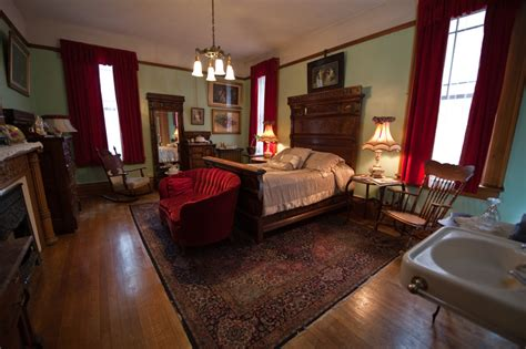 fort worth bed and breakfast beloved cottage lockheart gables romantic fort worth bed