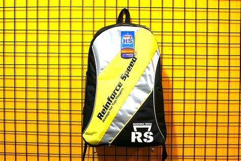Raket Rs Factor Five tas raket badminton rs bp 601 yellow silver black rp 85