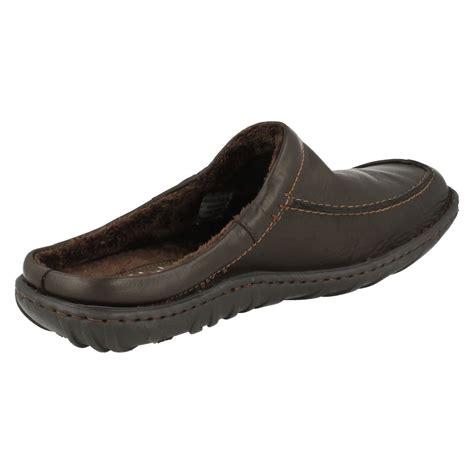 clarks slippers mens mens clarks kite vasa leather mule slippers ebay