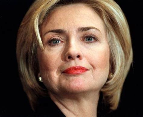 hilary clinton hairstyle pictures hillary clinton new hairstyle 2016 photos celebrity