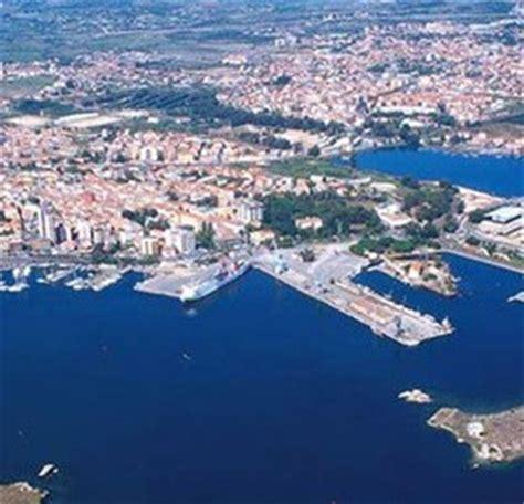 porti bilancio negativo per porto torres olbia e golfo