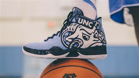 tar heels basketball shoes unveils awesome tar heel themed shoes prior to unc