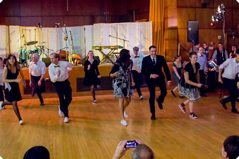 swing dance classes boston hop to the beat hop to the beat