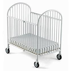 foundations 4025 4s cw compact size folding crib