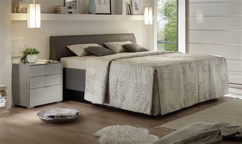 Ideen Zum Streichen Wohnzimmer 2135 by Dunkelgrau Im Schlafzimmer Modell Rockydurham
